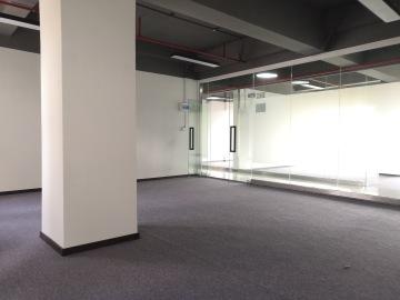 鸿达大厦 100平米 近地铁精装 中层