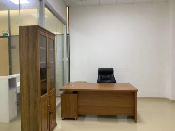 政商中心 94平米 精装热门地段 高层