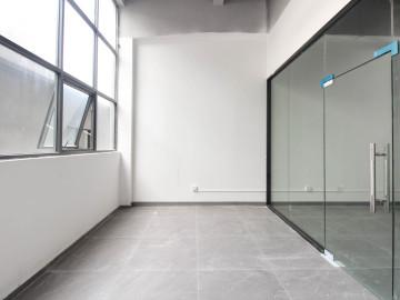 泉森红木棉创意园 104平米 配套完善 低层