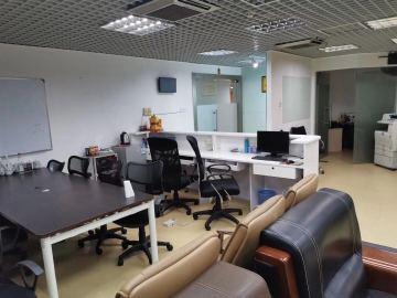 太平洋商贸大厦 142平米 可备案精装 中层办公好房
