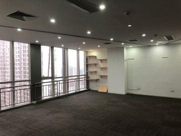 276平米财富港 中层地铁旁 位置优越价格好写字楼出租