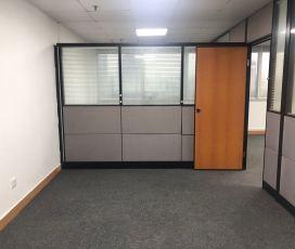 万通大厦 228平米办公室