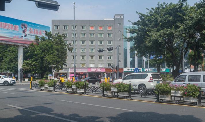 信盈广场2