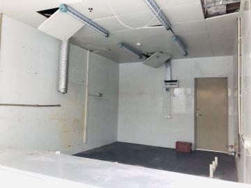 天欣大厦低层 58平米地铁直达 可上下水可备案