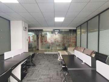 红盒子联合办公(茂宝大厦) 独立12人间