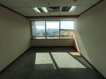 圣庭苑世纪楼低层 155平米紧邻地铁 可备案精装