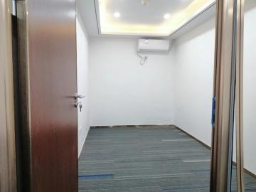 地铁口 东方广场(罗湖) 98平米可备案 中层业主直租