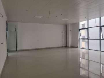 160平米品客小镇青创城 中层紧邻地铁 精装配套完善