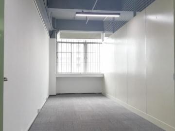 马家龙工业区 268平米 可备案商业完善 中层