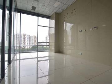 智慧广场中层 177平米优惠好房 精装配套齐全