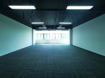 210平米东方科技园华科大厦 高层可谈价 可备案电梯口