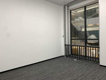448平米新洲同创汇 中层可备案 精装商业完善