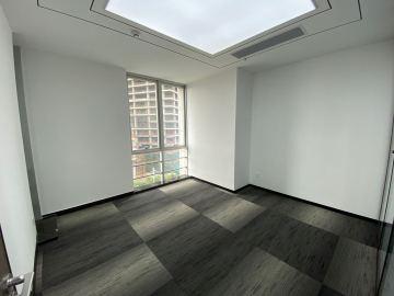 荣超滨海大厦 275平米 可备案精装 低层