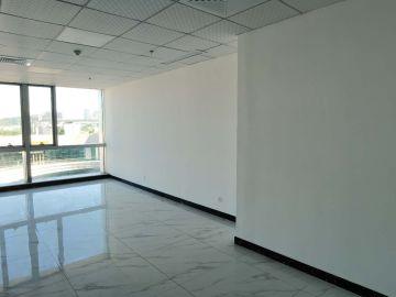 观澜湖·艺创国际中心 60平米 精装商业完善 高层