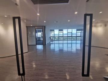 930平米金运世纪大厦 中层可备案 业主直租有隔间