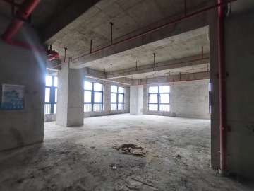 1863平米新龙大厦 中层可租整层 商业完善随时看房