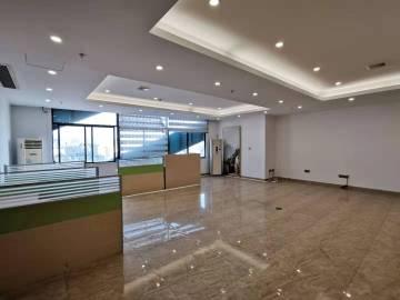 中百饰大楼 252平米 高使用率精装 中层