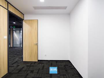 宝新科技园 209平米 可备案精装 中层