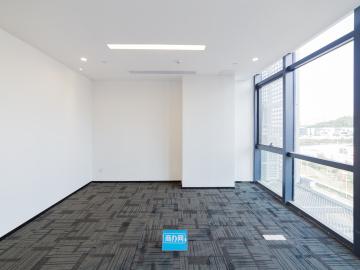 宝新科技园 223平米 可备案精装 低层