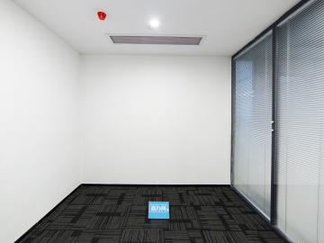 宝新科技园 221平米 可备案精装 低层