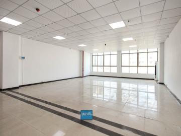 嘉恒创客中心 180平米 精装 低层