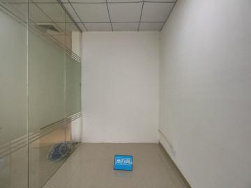 深宝电力工业园 146平米 精装 中层