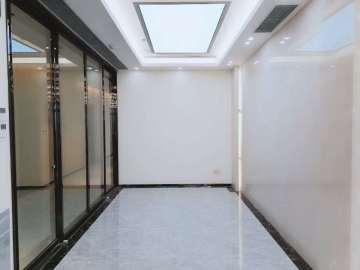 易尚中心中层 335平米红本备案 精装修好谈价写字楼出租