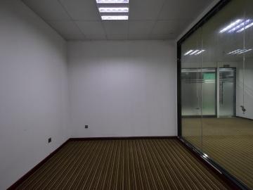 万利大厦二期 1240平米 优惠!精装 低层