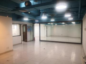 228平米新闻大厦 中层地铁口 可备案办公优选写字楼出租