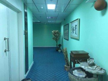 城启中心中层 95平米业主直租 优选办公随时看房