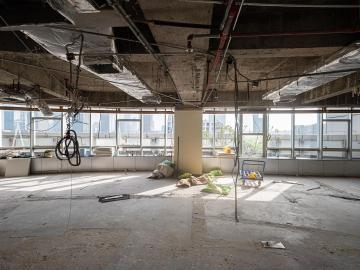 第一世界广场高层 179平米交通枢纽 精装修业主急卖