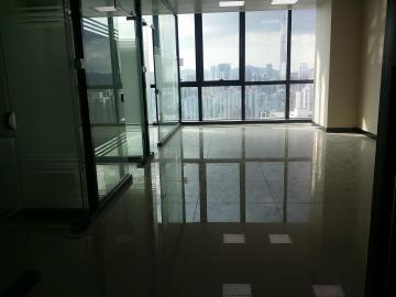 CFC长富中心中层 120平米地铁上盖 精装亏本出售