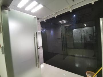 344平米大中华国际交易广场 中层交通枢纽 装修好甩售