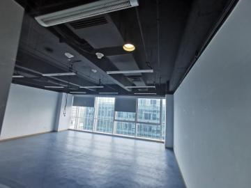 荣超英隆大厦 105平米 配套完善 低层 亏本出售