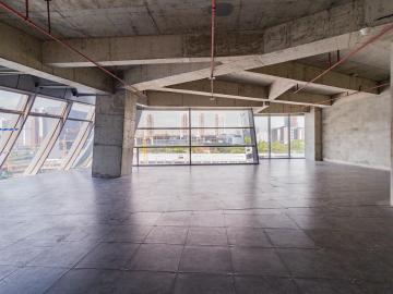 卓越前海壹号 278平米 地铁口 低层 亏本在售