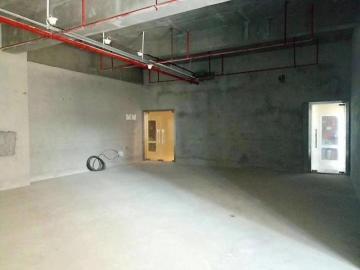 182平米泛海城市广场 低层地铁旁 位置优越诚心写字楼出售