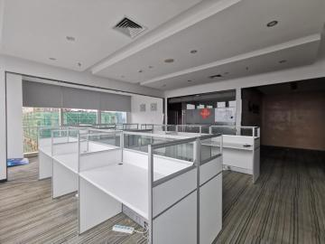 荣超英隆大厦 208平米 热门地段 中层 急卖
