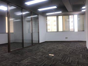 130平米海燕大厦 低层地铁口 企业聚集地急售
