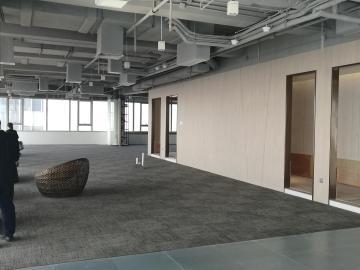 1974平米IBC环球商务中心 高层临地铁 大面积企业聚集地