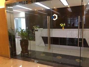 万骏经贸大厦 340平米 紧邻地铁精装 中层急卖
