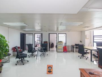国贸商住大厦 150平米 紧邻地铁配套完善 低层房主直售