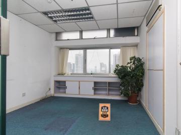 东方广场(罗湖) 118平米 地铁直达商业完善 高层亏本出售