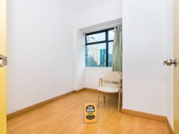 94平米地王大厦 中层近地铁 带租约现售