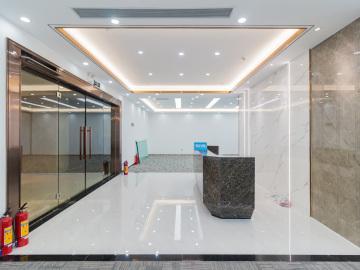 近地铁 卓越宝中时代广场 708平米精装 高层办公好房