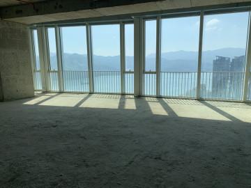 壹海国际中心高层 229平米楼下地铁 业主直租配套完善