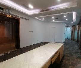 卓越宝中时代广场 330平米办公室