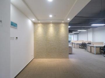 特价 彩虹科技大厦 350平米红本备案 低层精装修写字楼出租