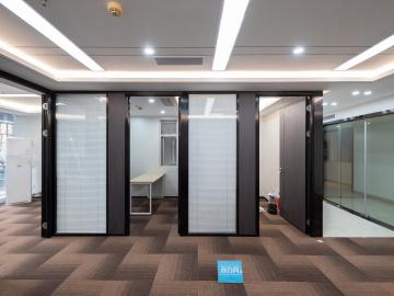 楼下地铁 凤凰大厦 140平米可备案 低层商业完善