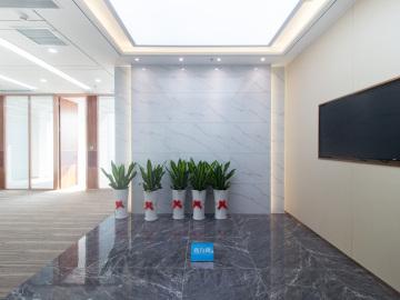 华侨城大厦 1128平米 地铁旁正电梯口 低层位置优越写字楼出租