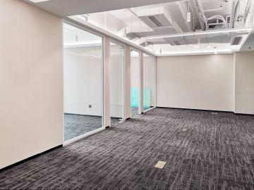 175平米创建大厦 中层近地铁 电梯口商业完善